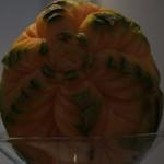 Figura carvingowa w melonie