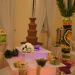 Carving ślubny, dekoracje z owoców, palma owocowa, fontanna czekoladowa