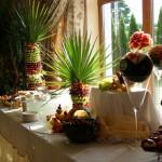 Owocowy stół i carving na wesele