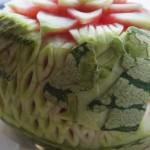 Dekoracje z owoców - carving