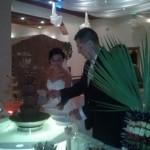 Gosia i Michał przy fontannie czekoladowej