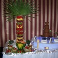 Owocowo - czekoladowy bufet weselny