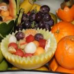dekoracyjne owoce rzy fontannie czekoladowej
