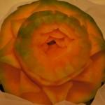 rzeźba carvingowa w melonie Cantaloupe