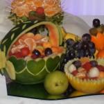 koszyk w arbuzie - rzeźba carvingowa