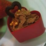 Czekoladowe serce z musem czekoladowym