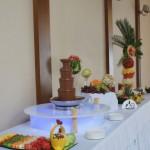 Fontanna z czekolady i bufet owocowy
