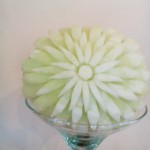 Carving w żółtym melonie - dekoracje owocowe