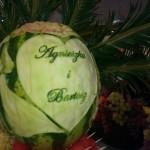 Dekoracja z arbuza na palmę