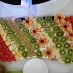 Dekoracjyjnie podane owoce