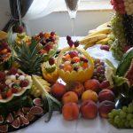 stol z owocami, bufet owocowy, carving