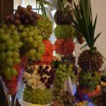 Stół z owocami Karczma Miłosna