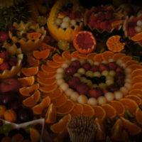 stół owocowy Pałac Tarce