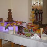 Stół z fontannami