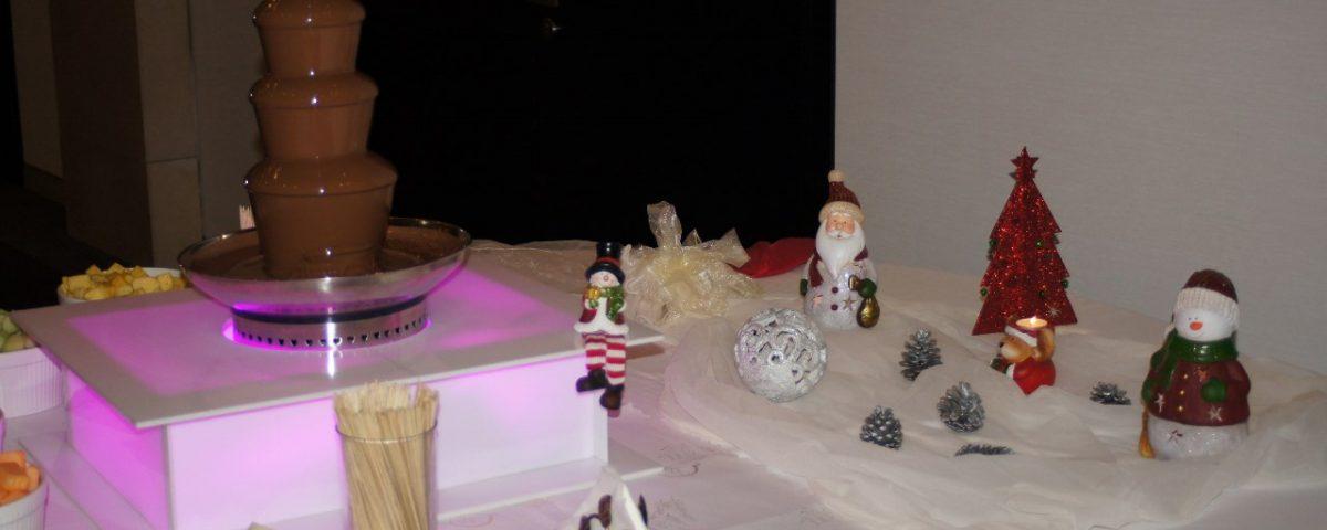 Dekoracja świąteczna fontanny czekoladowej