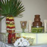 Fontanna do czekolady i palma z owoców