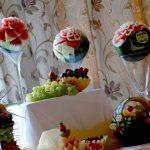 Dekoracje z arbuza, carving ślubny
