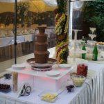 Fontanna alkoholowa i fontanna z czekolady na weselu w Willi Ogrody w Szczecinie