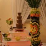 Palma z owoców, fontanna czekolady, rzeźba w arbuzie, carving