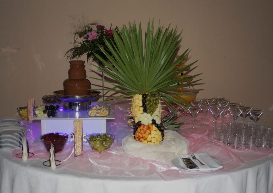 Fontanna z czekoladą i palma owocowa - Sala Bankietowa Magdalena