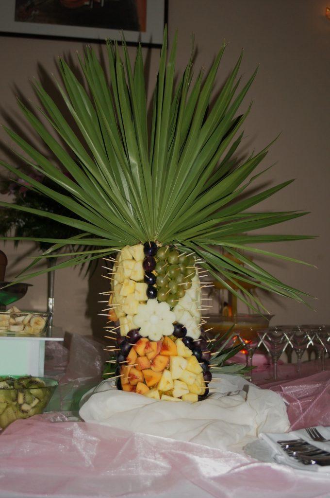Palma owocowa na weselu w Sali Bankietowej Koszelówce