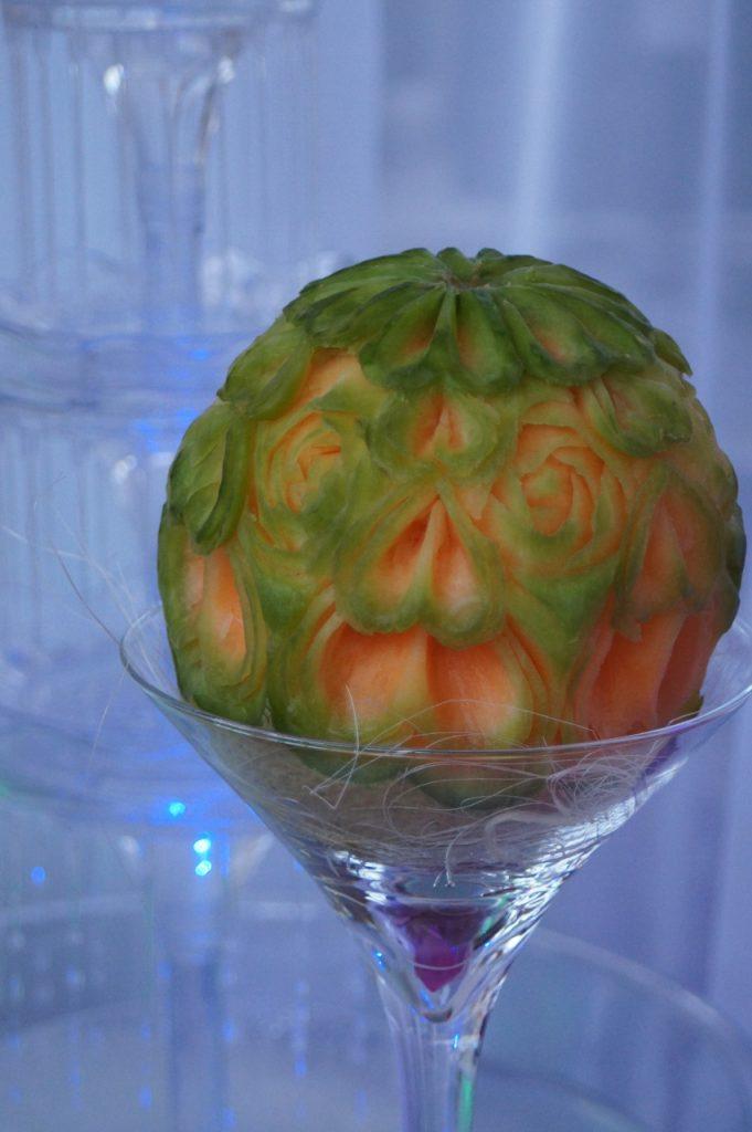 carving - melon cantaloupe