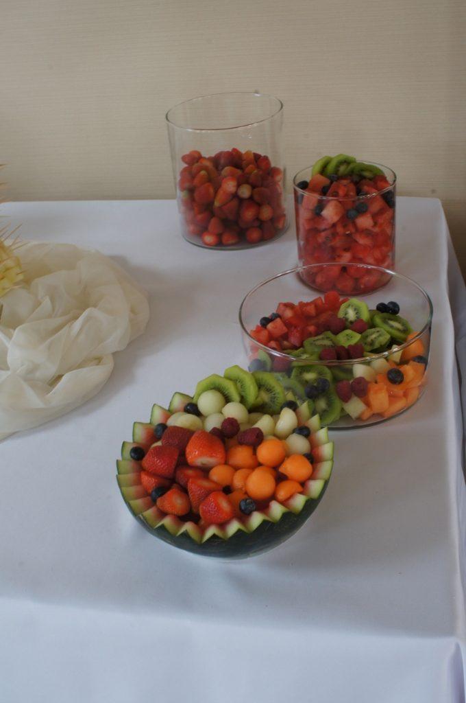 Stół owocowy - Nowa Baśń Nysa