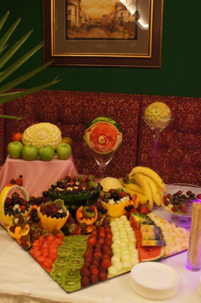 Bufecik owocowy Pałac Bursztynowy Włocławek