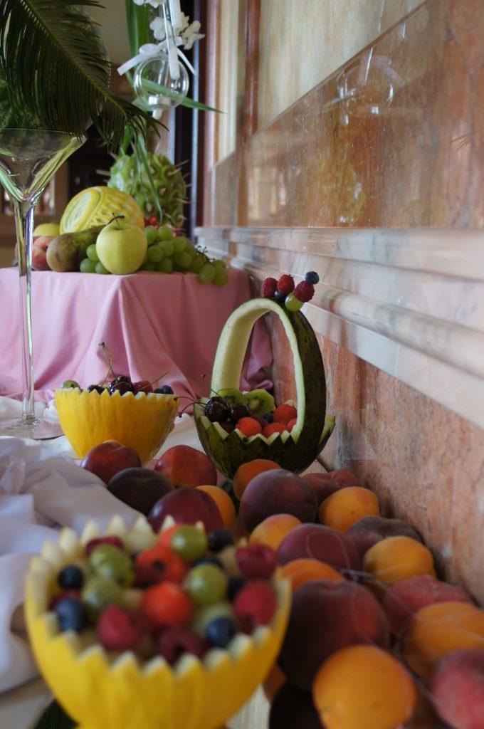 Bufet owocowy i fontanna czekolady Włocławek