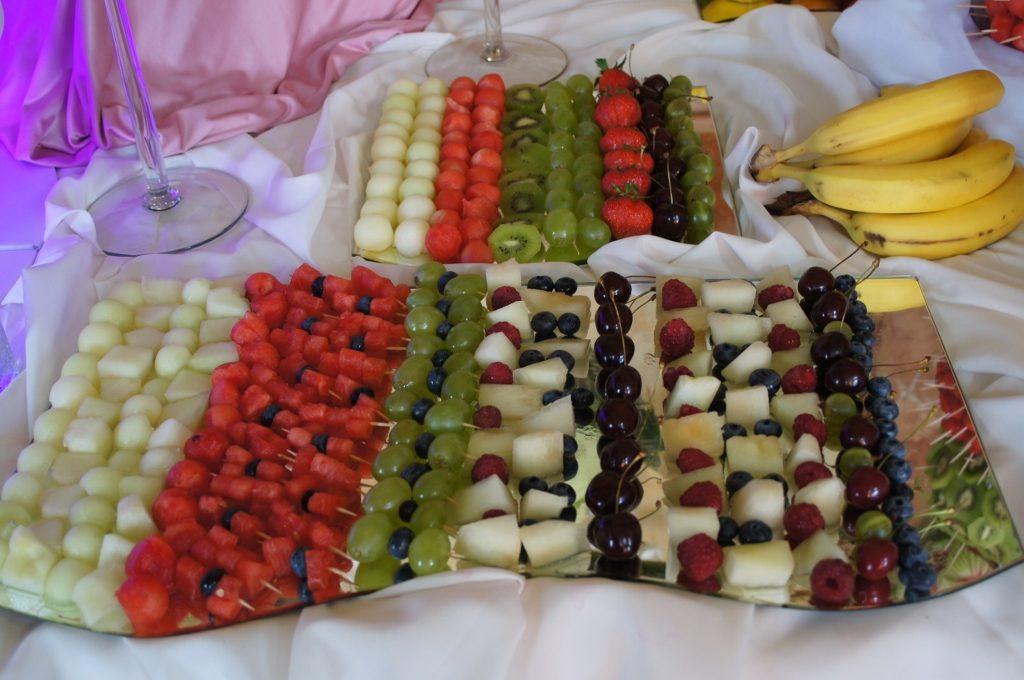 Dekoracje owocowe, stół owocowy PAłac Bursztynowy, Włocławek