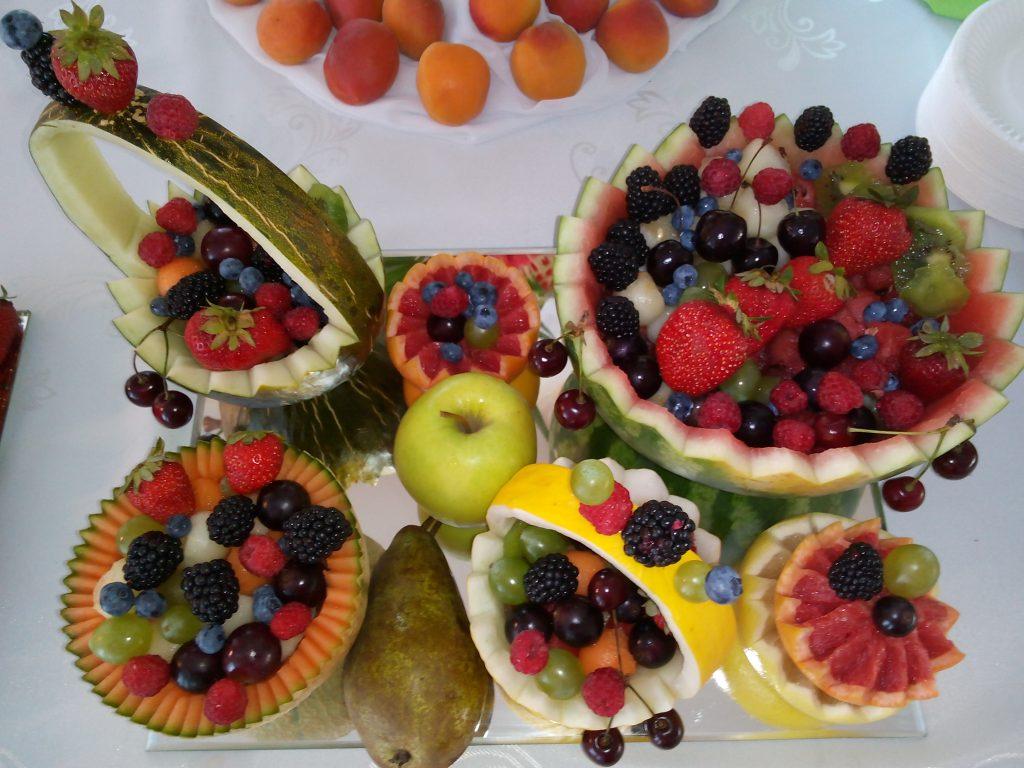 Dekoracje owocowe - Buft owocowy Sala Bankietowa w Grodźcu