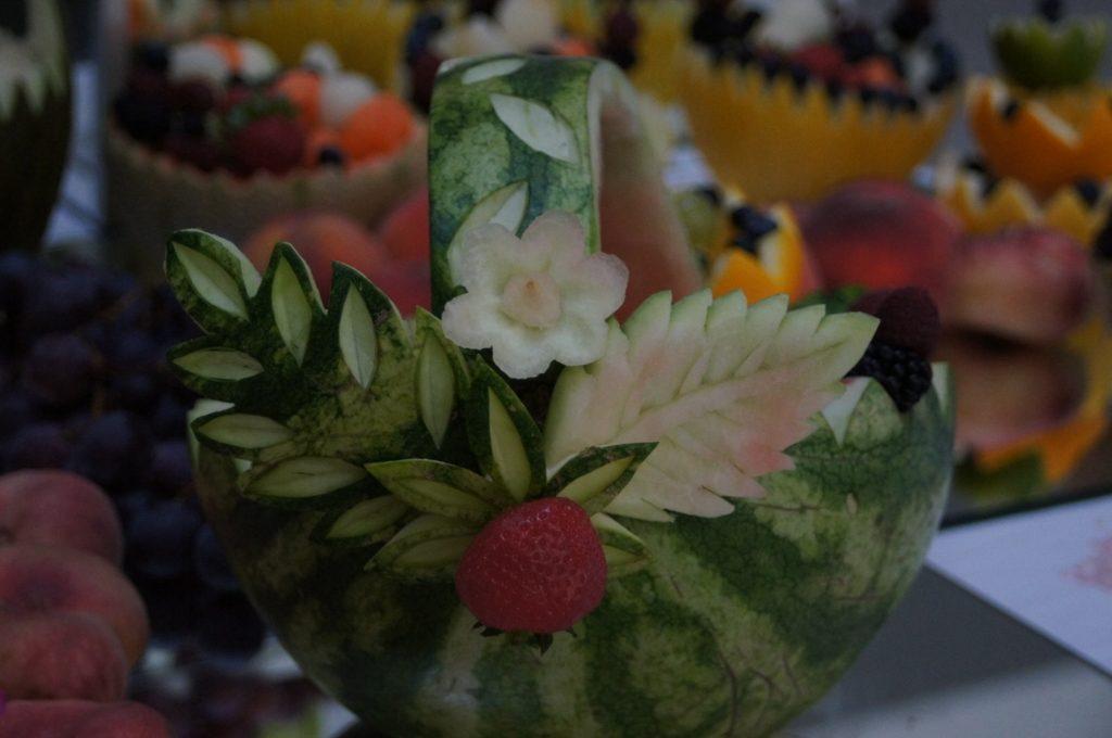Koszyk owocowy z arbuza