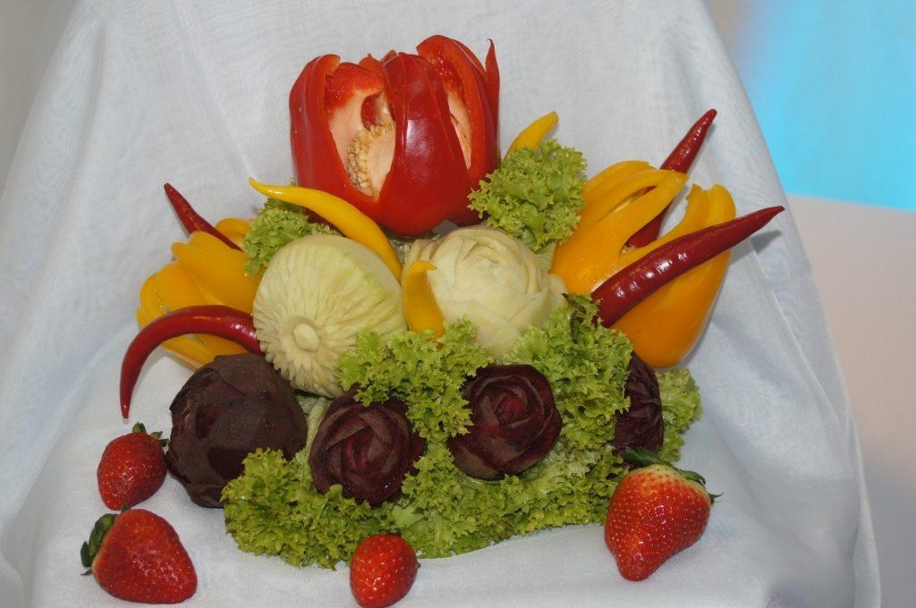 Bukiet warzywny carving