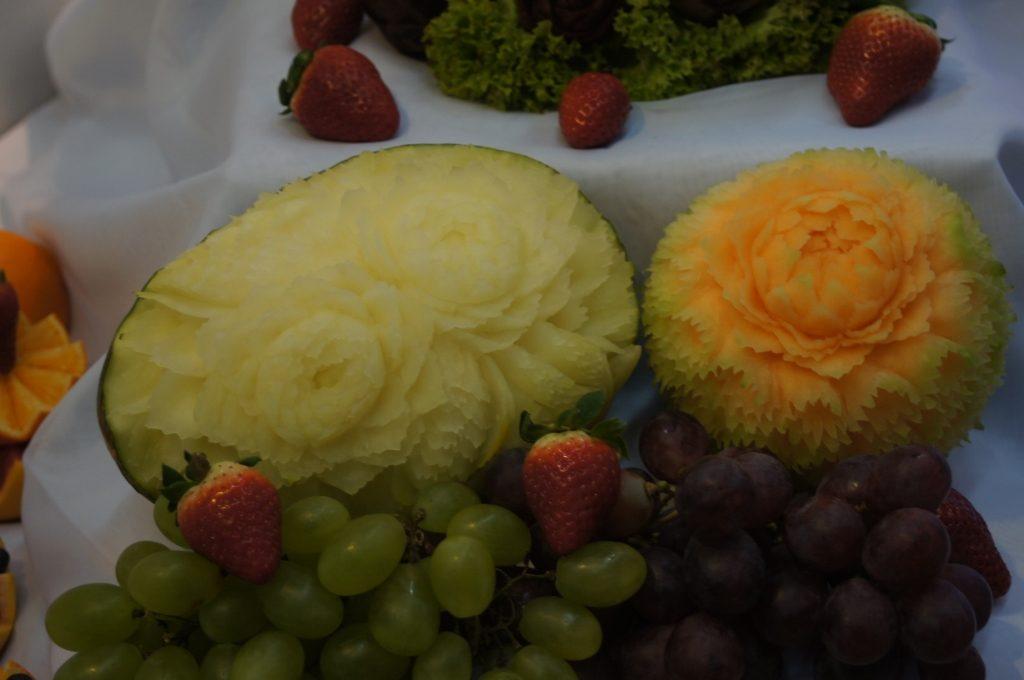 Carving dekoracje z owoców