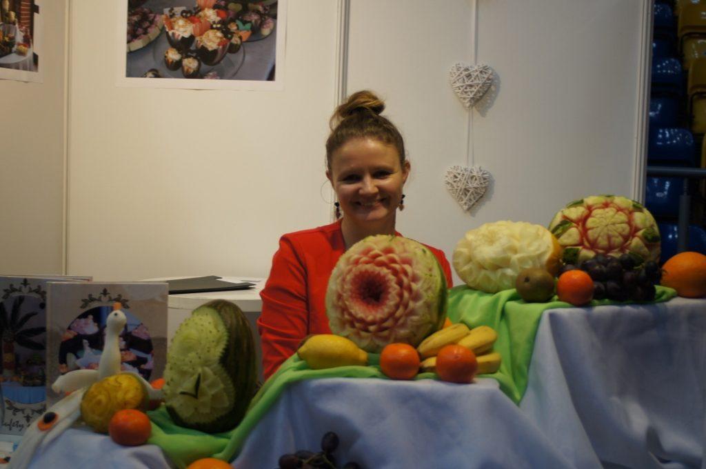 Dekoracje owocowe bufet owocowy