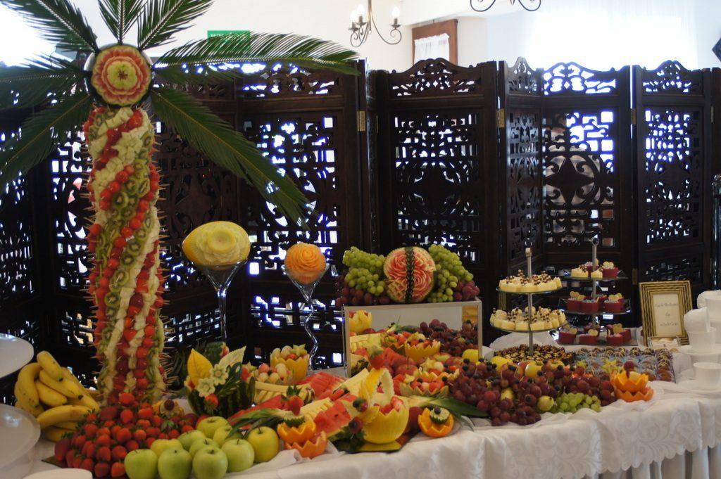 Bufet owocowy Restauracja Dębowa, Russocice