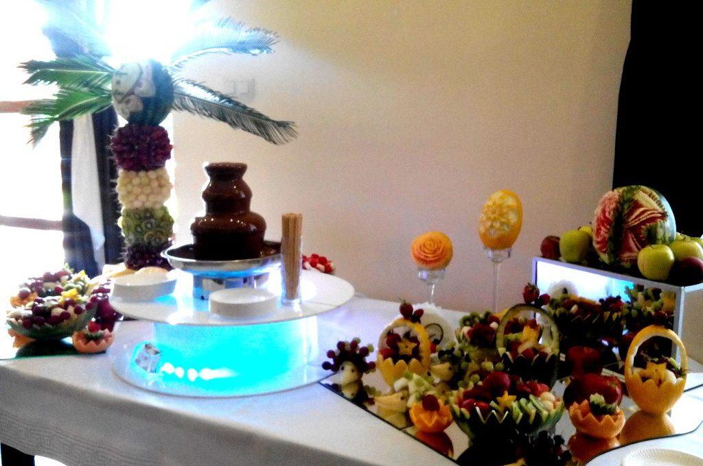 Fontanna czekoladowa, bufet owocowy, palma owocowa Berjo, Babiak
