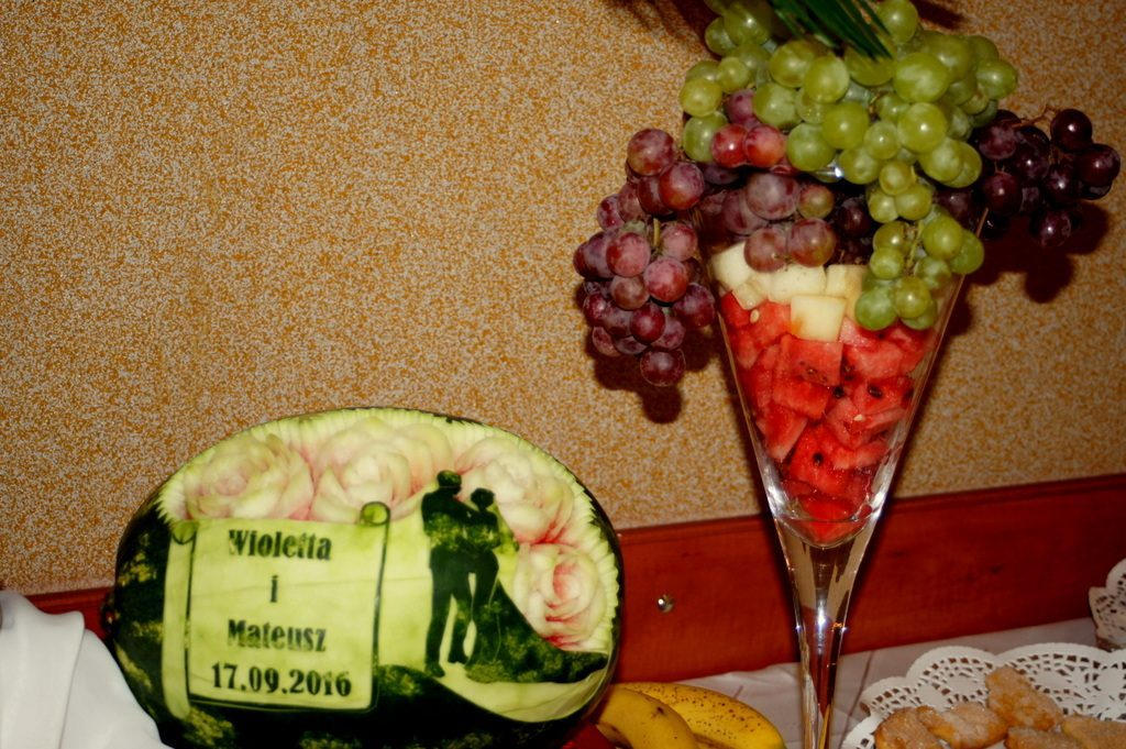 Carving na ślub, dekoracje owocowe