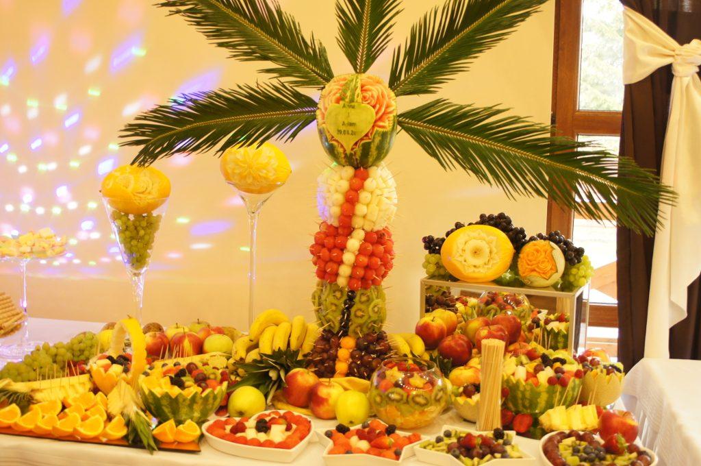 Bufet owocowy Berjo w Babiaku