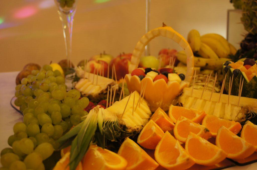 Owocowe dekoracje, bufet z owoców Turek, Koło, Konin