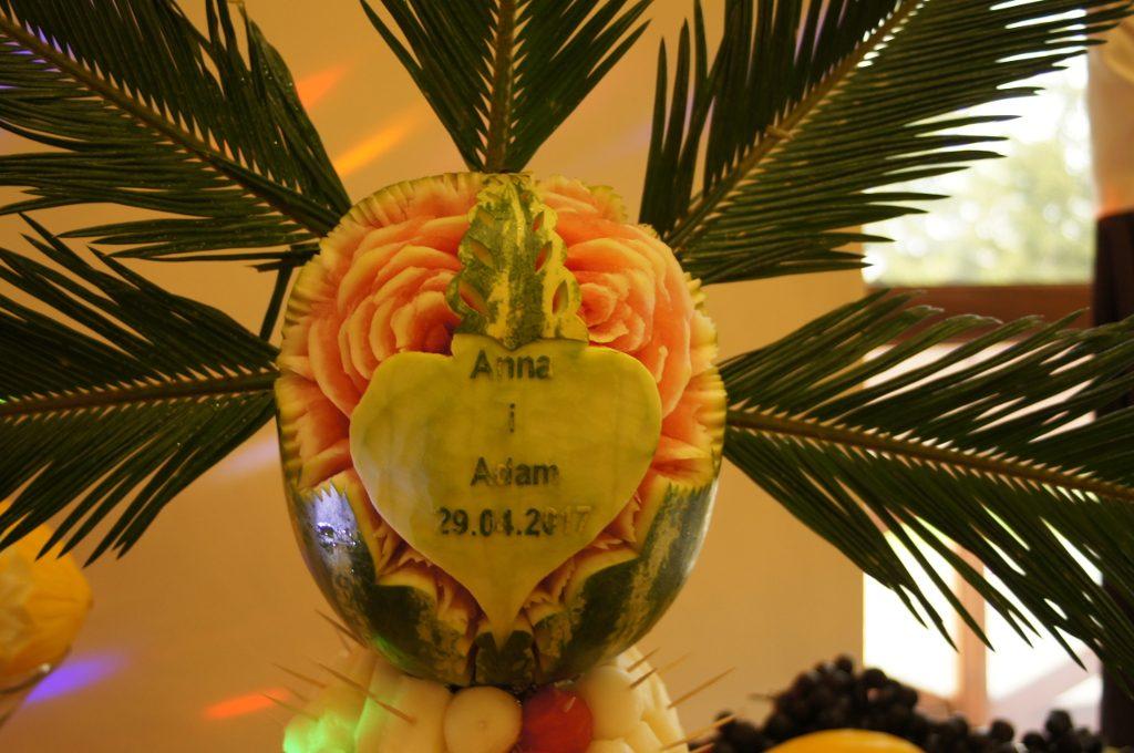 Stół owocowy na wesele Berjo w Baniaku