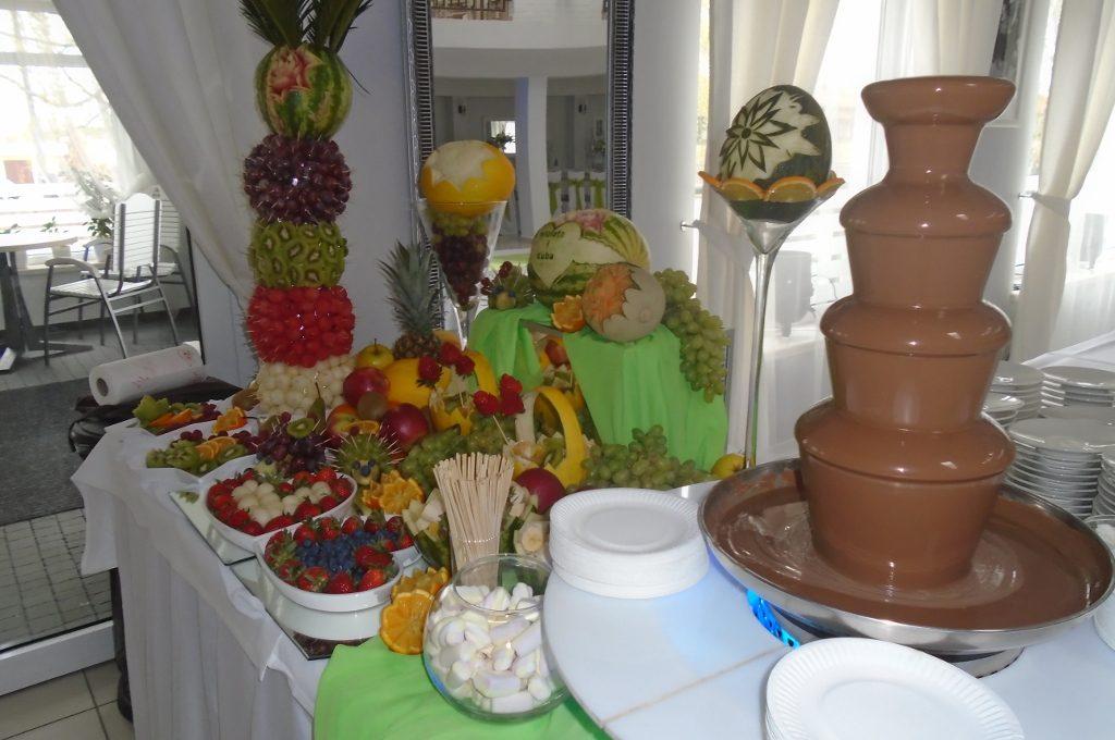 fontanna czekoladowa, bufet owocowy, Sompolno, Koło, Konin, Turek