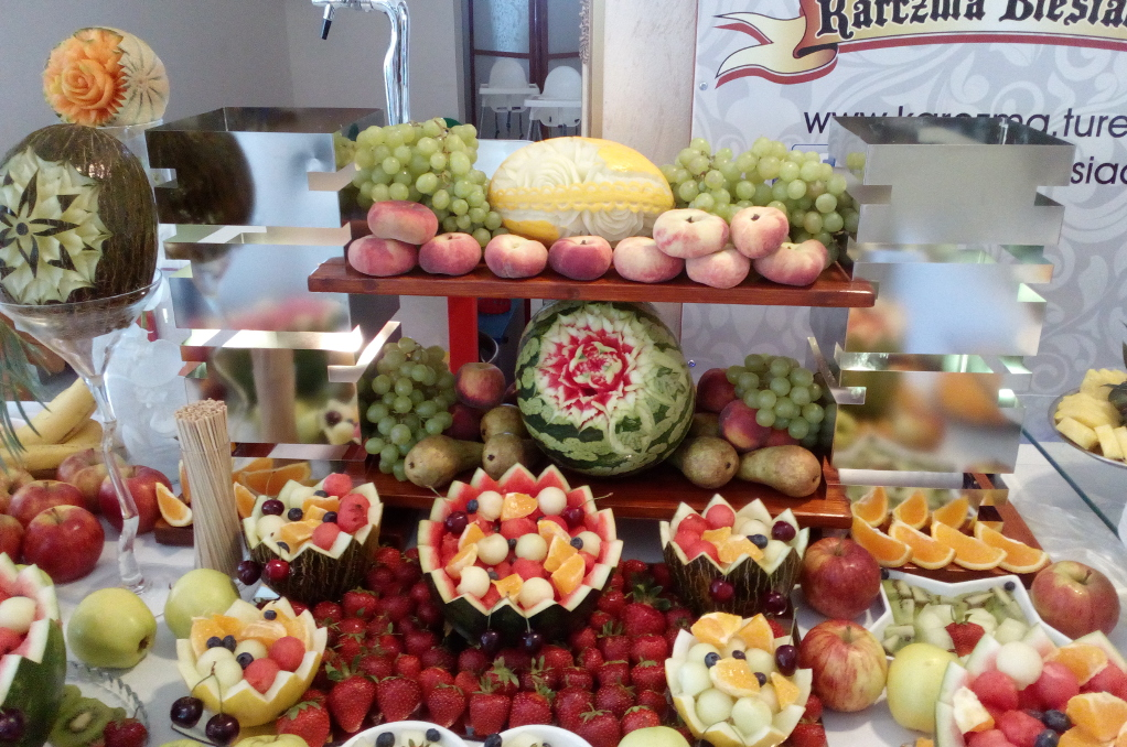 Bufet owocowy Karczma Biesiadna Szadów Pański