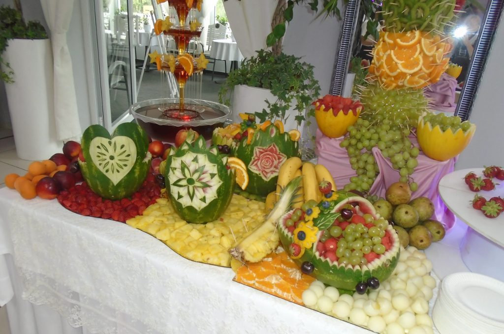 Dekoracje owocowe, stół owocowy Koło, Turek Konin