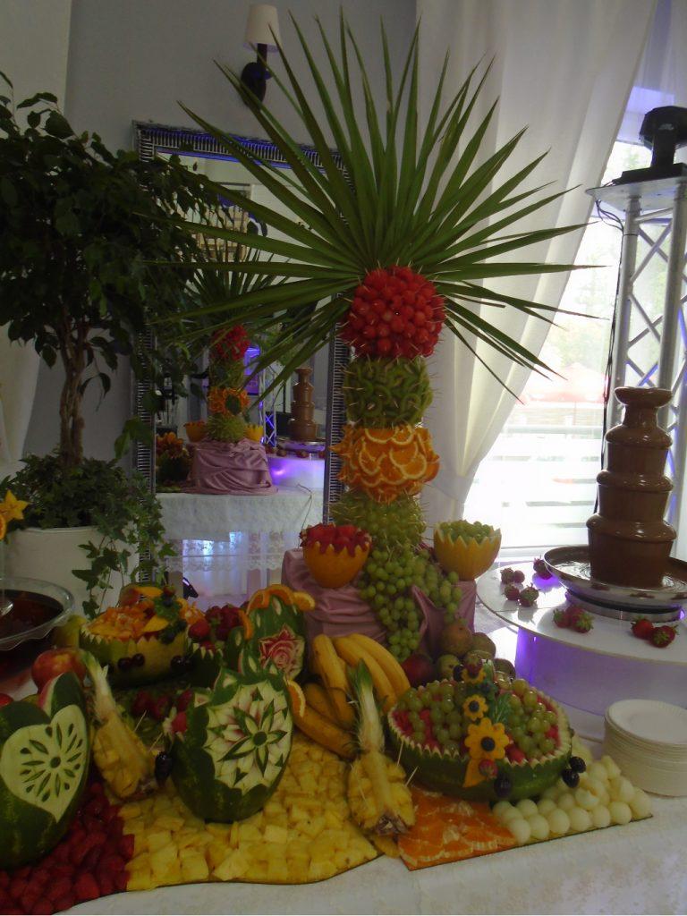 Palma owocowa, bufet owocowy Biały Fortepian Koło