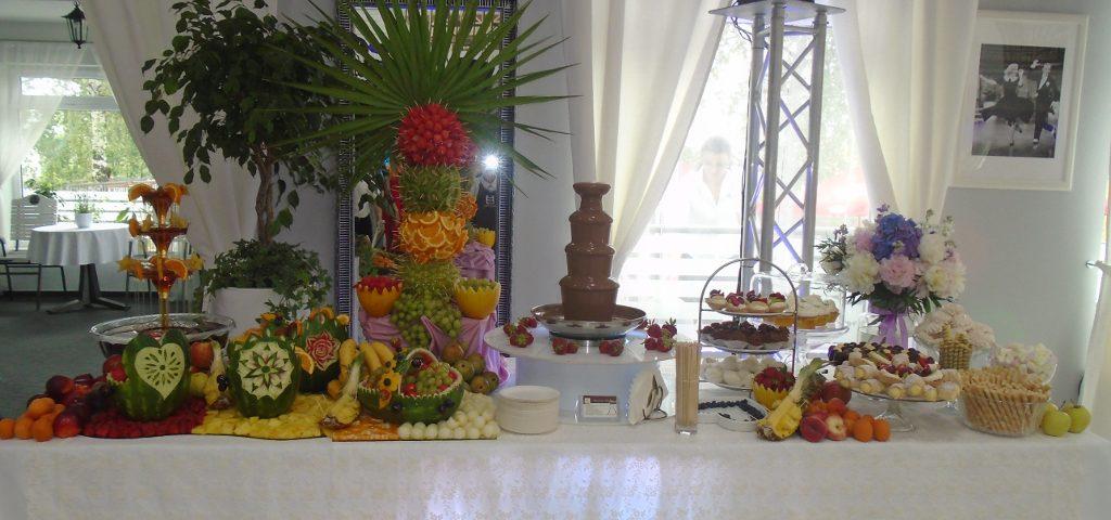 Stół owocowy, carving, Biały Fortepian Koło