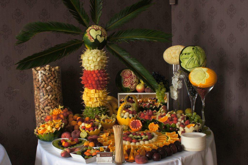 Dekoracje owocowe Pałac Tarce