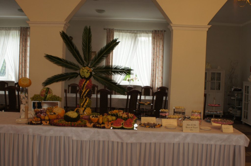 Bufet owocowy, palma owocowa, carving, słodki stół Koło, Turek, Sompolno