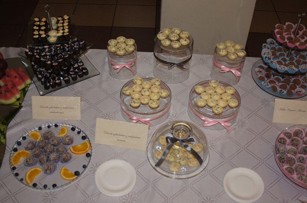 Słodkości na wesele, candy bar Dom Weselny Jola Kolnica k. Brudzewa