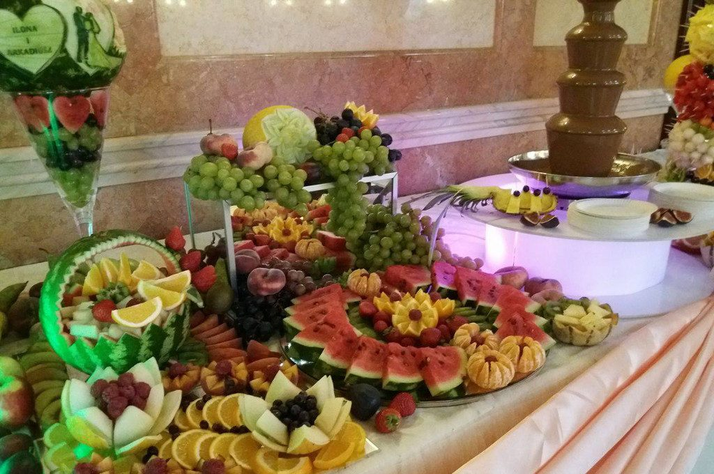 Dekoracje owocowe, stoły owocowe Turek, Kłodawa, Włocławek Kalisz